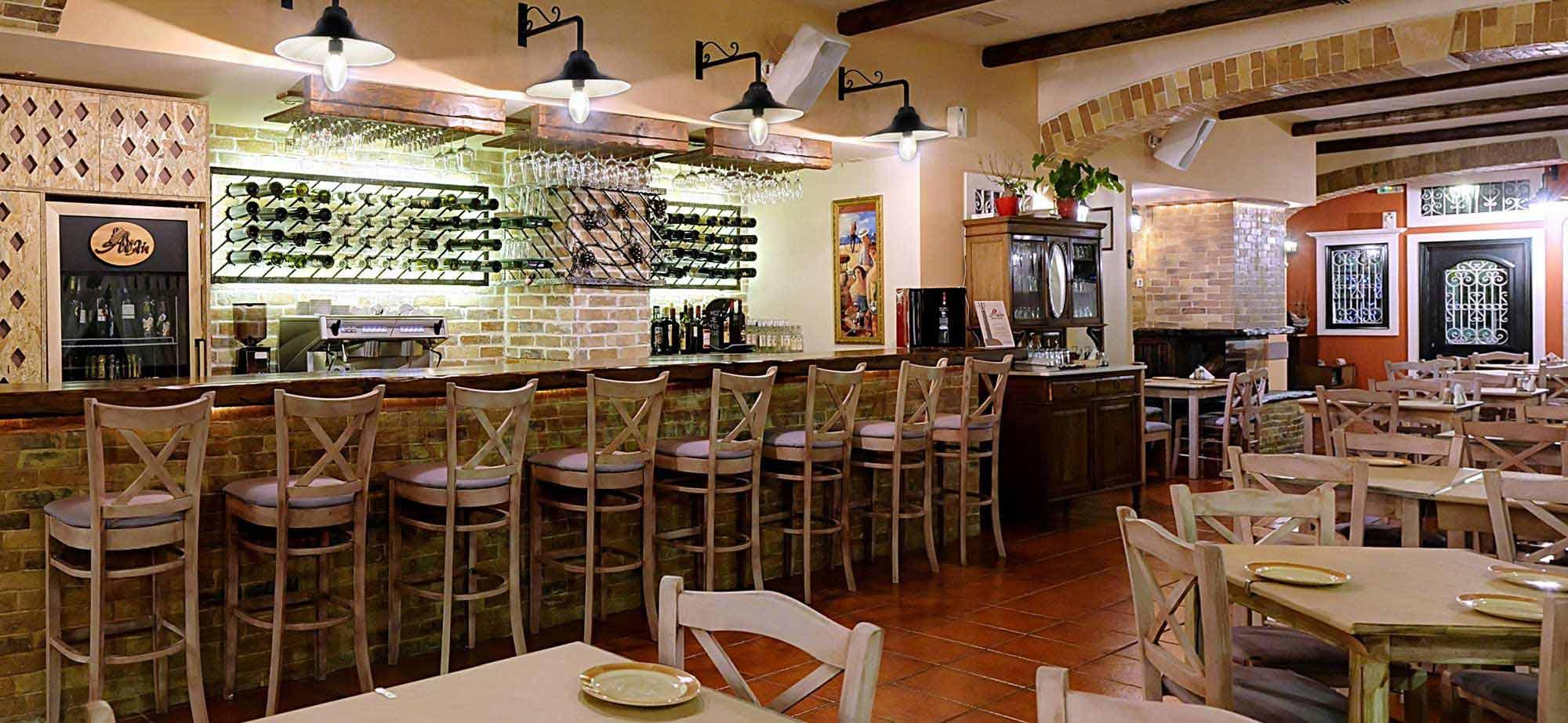 3-avli-restaurant-corfu-2000x924